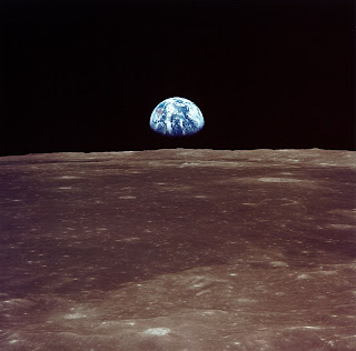 Earthrise: It's like seeing the moon rise above Earth's horizon, but in reverse