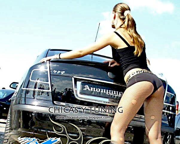 Mujeres Desnudas Y Carros Tuneados Hermosas Chicas Rubias Posando