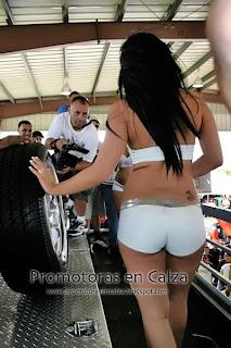 Latinas Desnudas En Carros Mujer Rubia Posando Hermosas Ni
