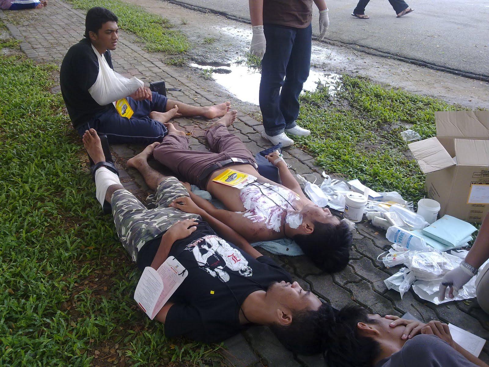 Tiga orang pelajar Politeknik Sultan Idris Shah maut dalam sebuah kebakaran