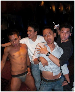 Shesa idris dan penari striptease