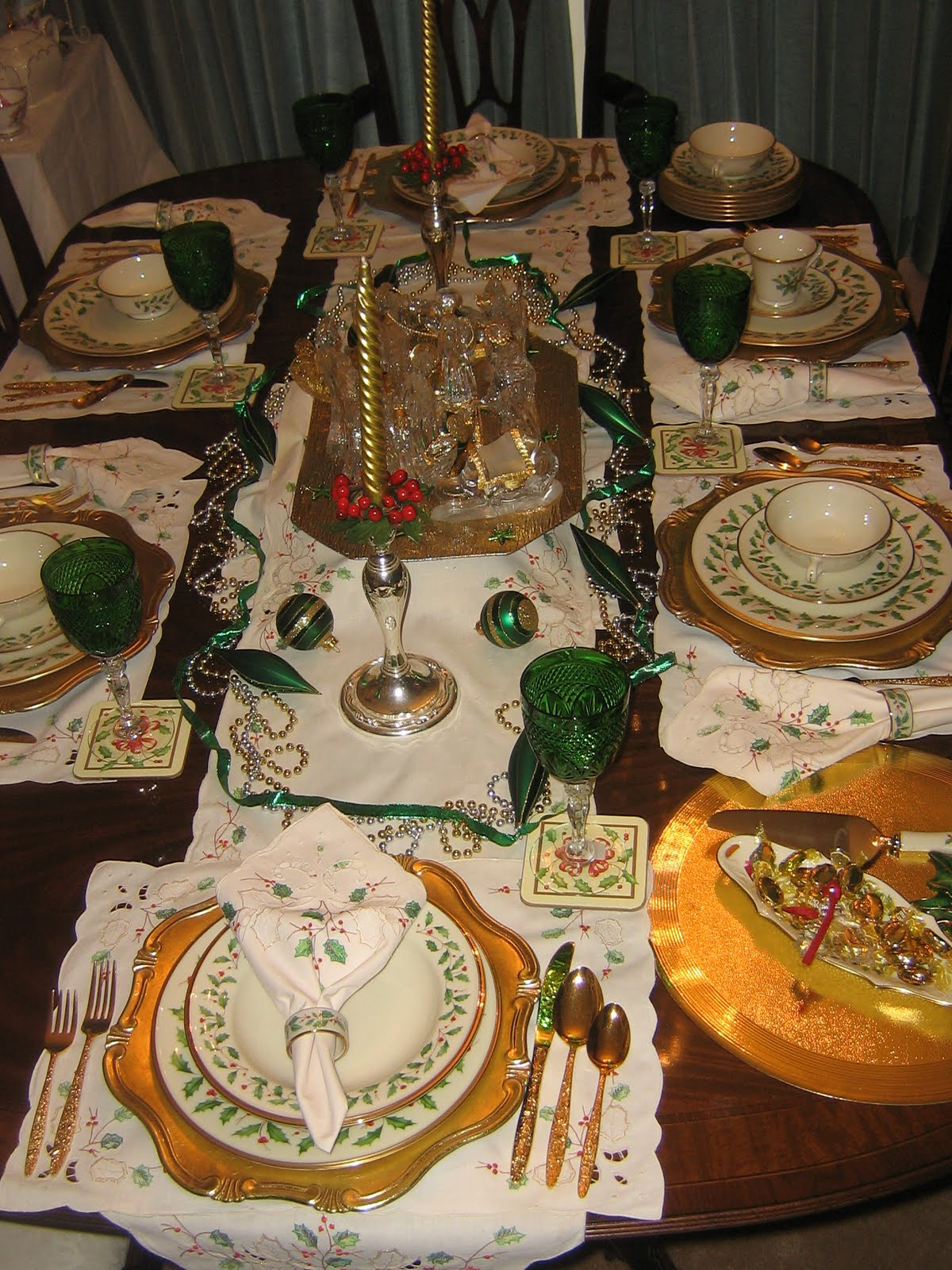 Oak rise cottage holiday tablesetting for Table 6 lenox