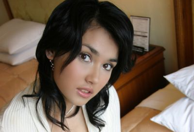 Aktris/Aktor luar yang mirip dengan artis Indonesia 32