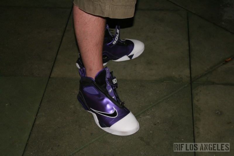 Nick DePaula of Sole Collector wearing the Sole Collector x Nike Zoom  Flight Club.