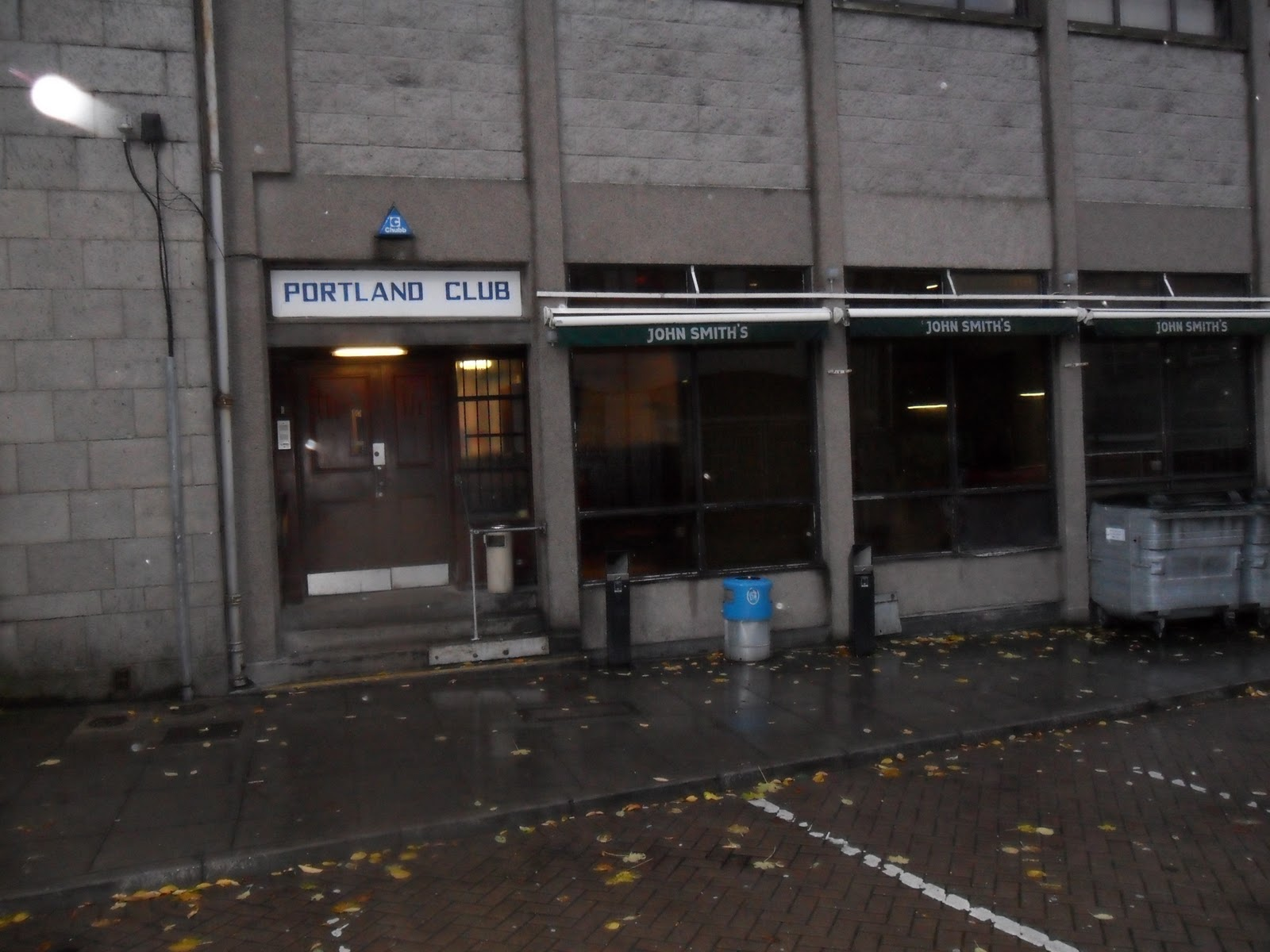In Contrast Shortly Ahead Of Where The Gallowgate Turns Into A M 70s Concrete Brewdog Now Have Smart Modern Bar