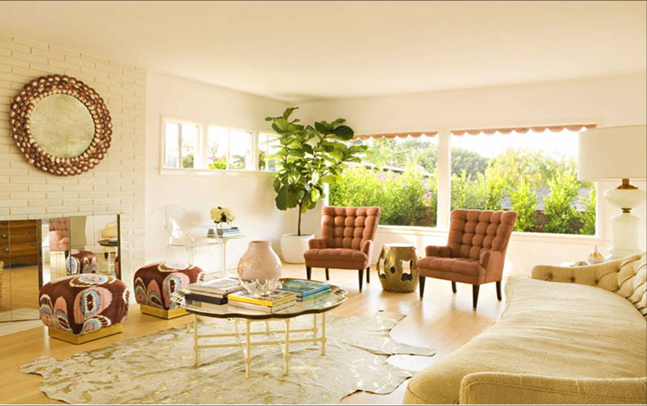 COLOR WATCH: TOUCHES OF GOLD IN A PACIFIC PALISADES BEACH HOUSE ...