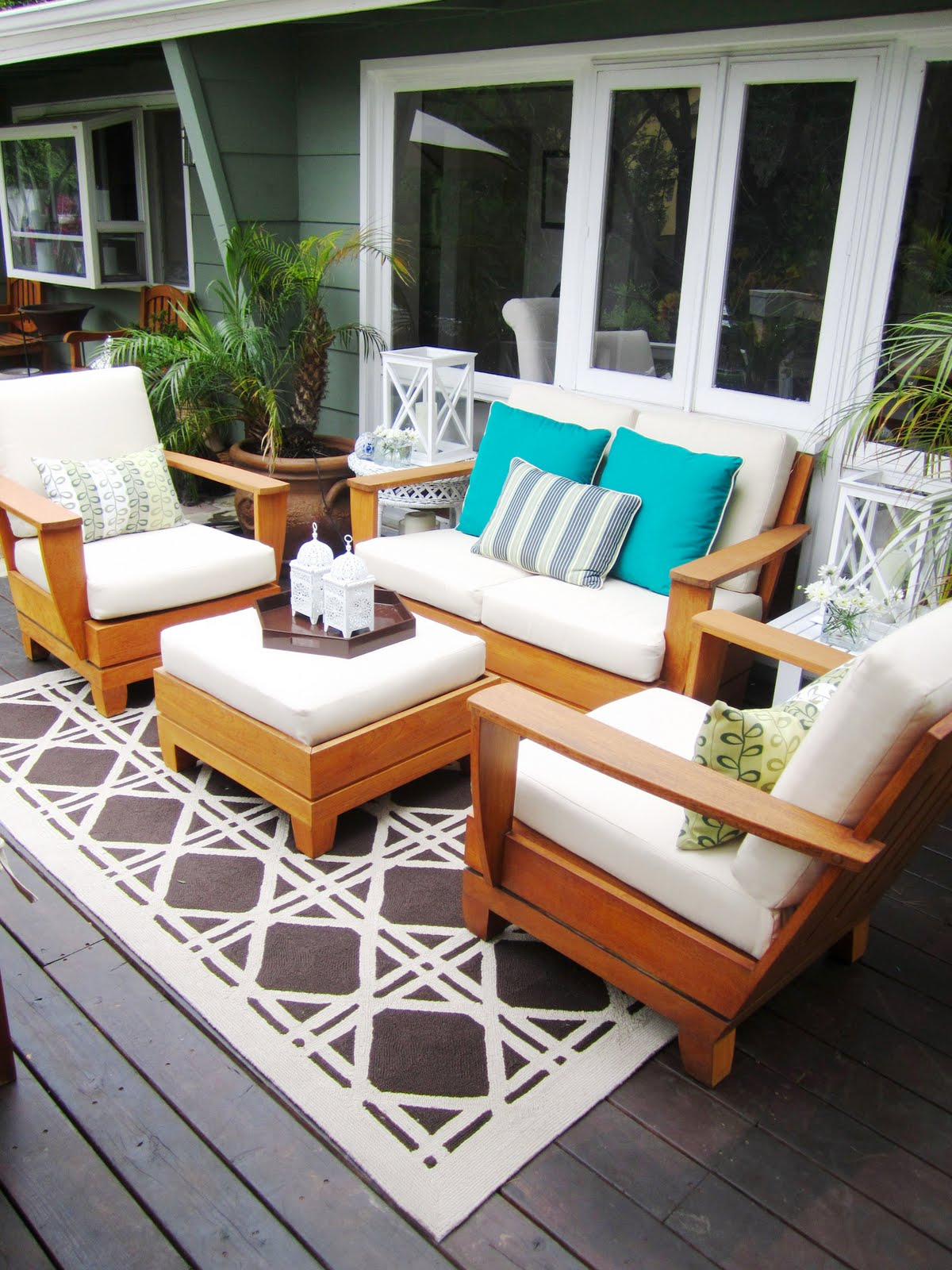 My hollywood hills deck makeover part 1 before after for Outdoor porch furniture