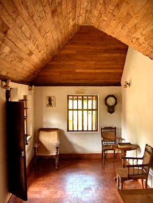 Living Room Overhangs Foundation  Feet Blueprint