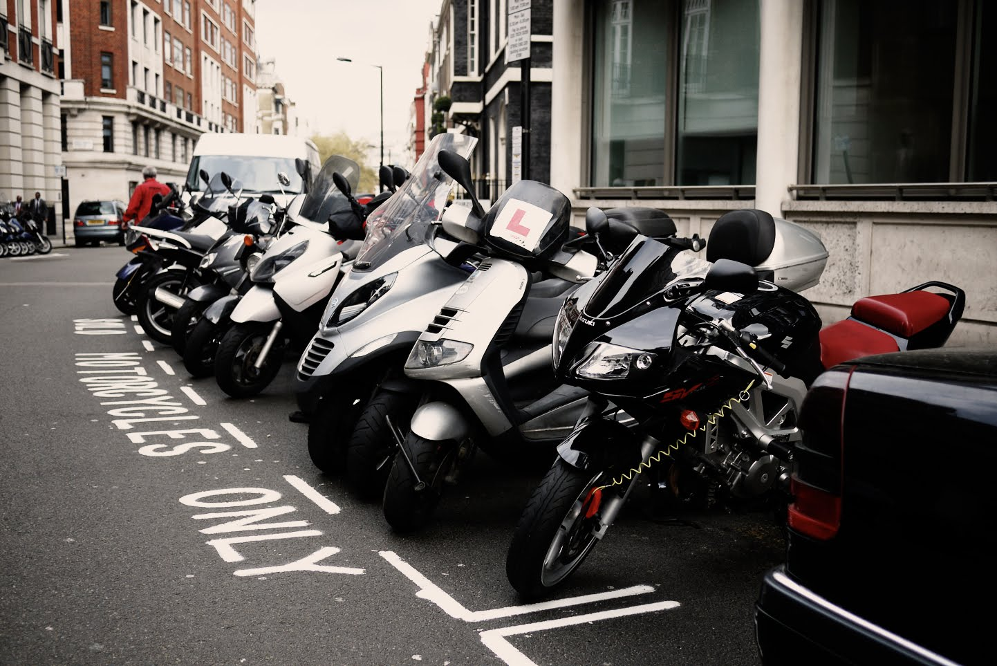 scooter parking in london