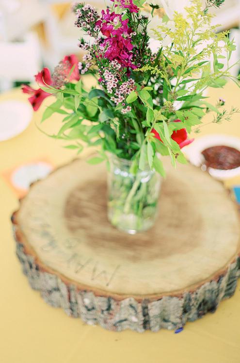 Versus spot wedding wildflowers