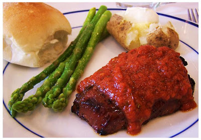 Steak with Tomato Basil Sauce