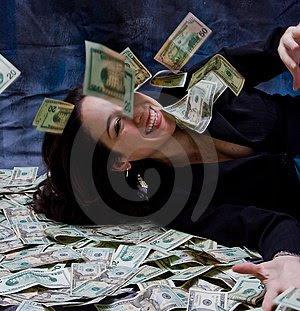 travel world enjoy life rich woman