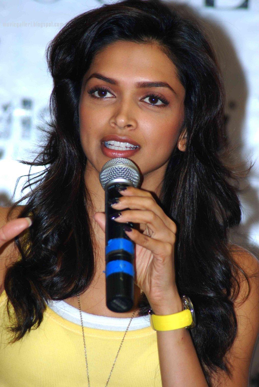 indian-cine-actress-desi-film-heroine-deepika-padukone