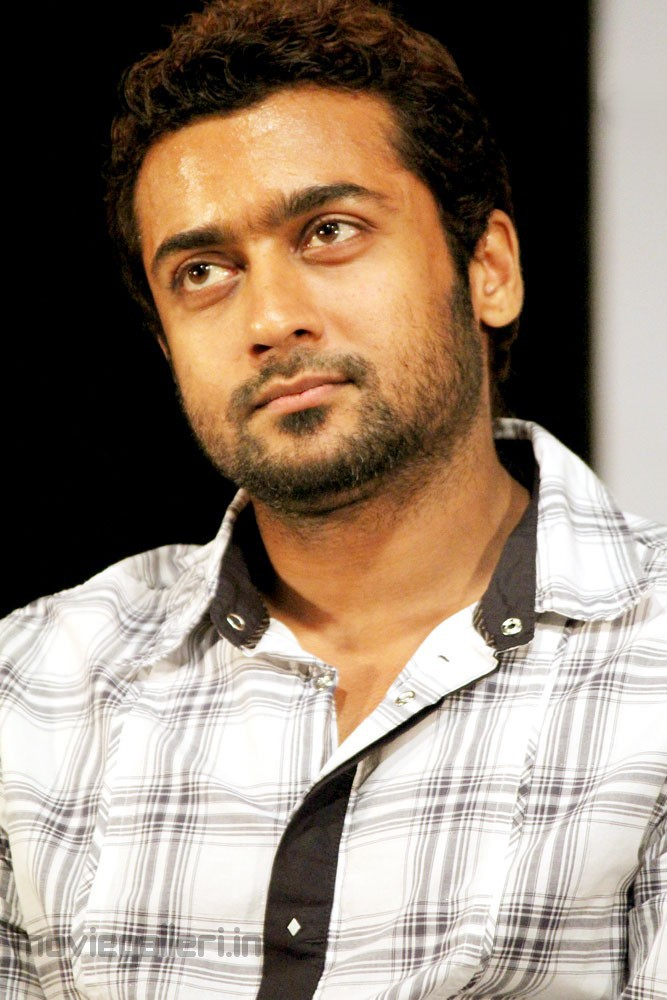 Suriya Vaali 1000 Book Launch Stills Surya At Vaali