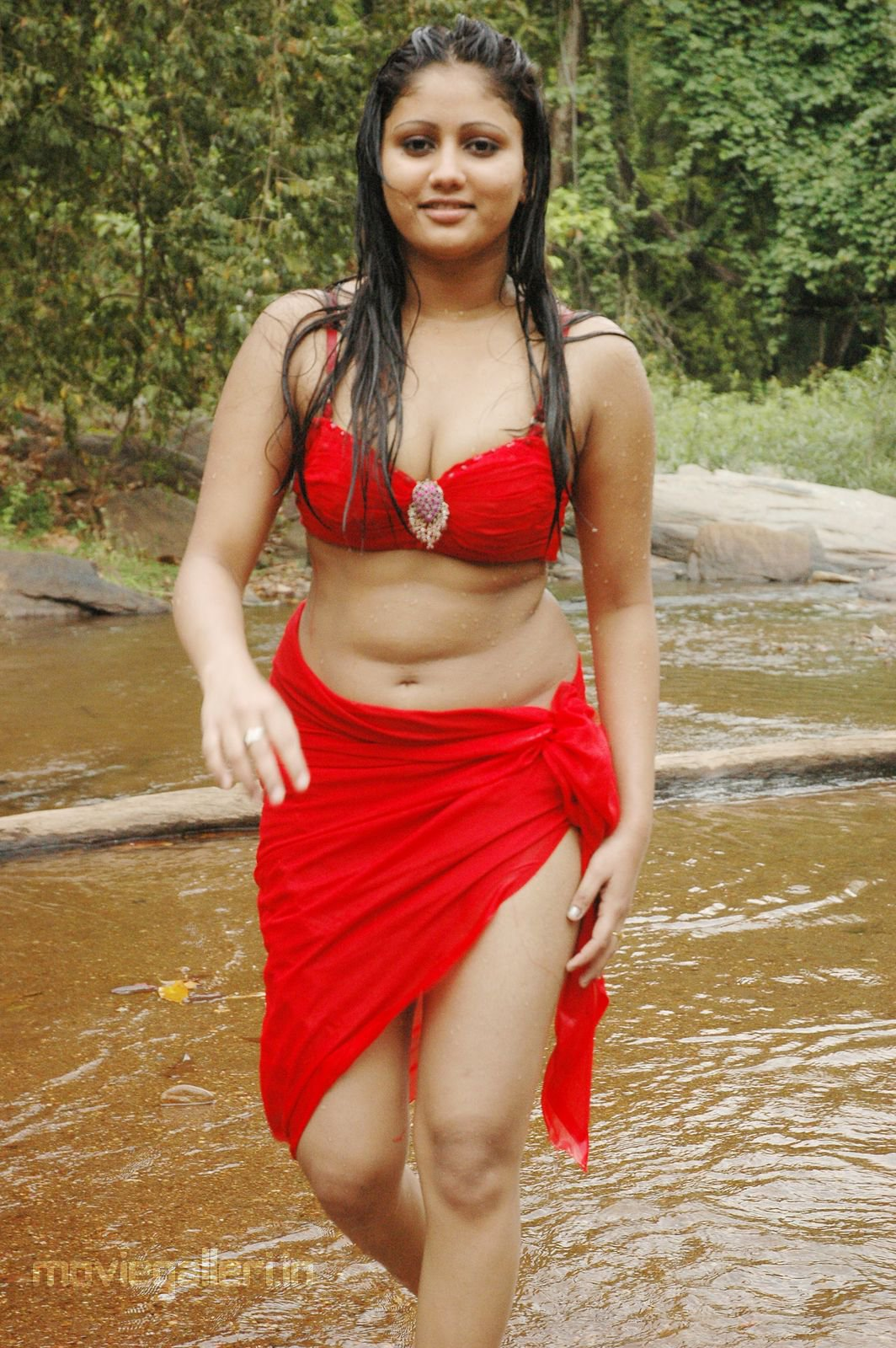 amrutha valli hot wet stills amrutha valli hot spicy pics