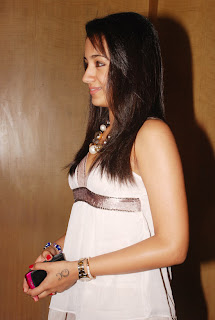 trisha_g_venket_ram_photography_launch_05.jpg