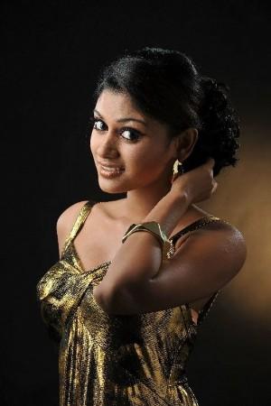 tamil actress oviya photo shoot