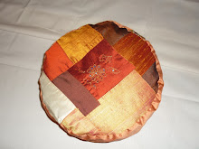 Cojin de seda  en tonos tierra