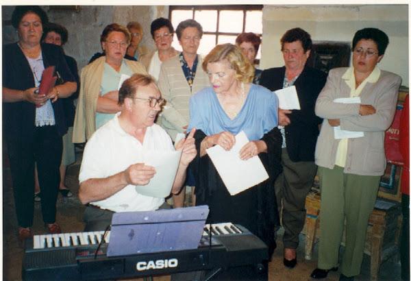 Coro de mujeres y Organista