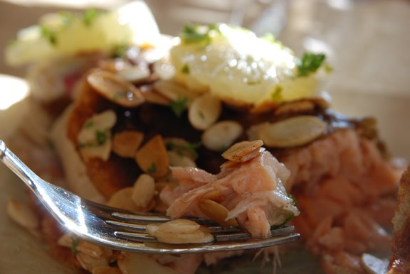 Truite aux Amandes (Trout with Almonds)