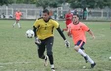 Pueblo Arriba avanza a final tras vencer a Liga Veteranos futbol de Moca
