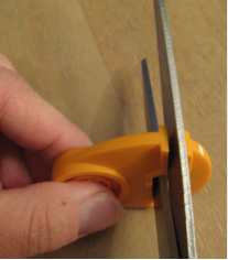 Sharpen Scissors with Fiskars Sew Sharp