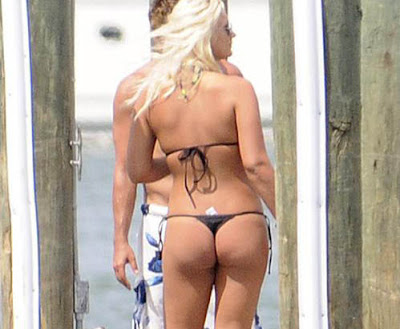 Brooke hogan s ass