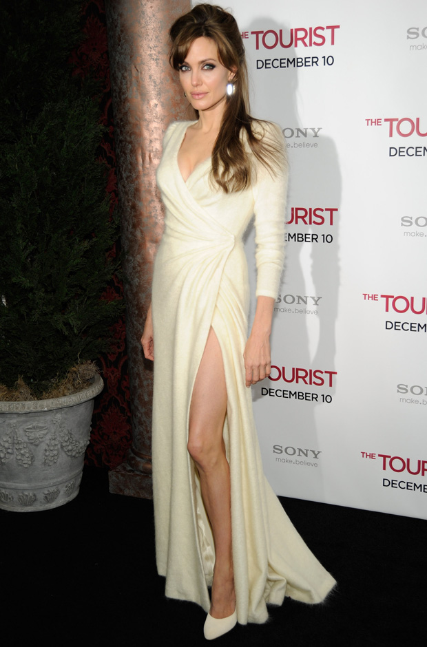 Angelina Jolie Hair In The Tourist. premiére of quot;The Touristquot;