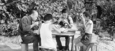 Anne Toyo, Baba Senta, Büyük Çocuk Taro ve Küçük Çocuk Jiro