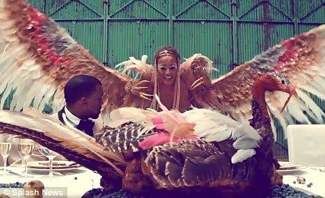 selita ebanks kanye west video. Kanye West releases a 34