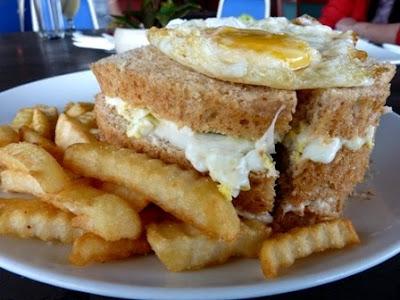 Kasih Sayang Club Sandwich