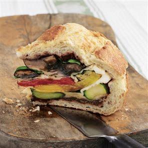 Edible Evolution : Pan Bagnat - Easy Lunch For Friends -Easy Dinner ...