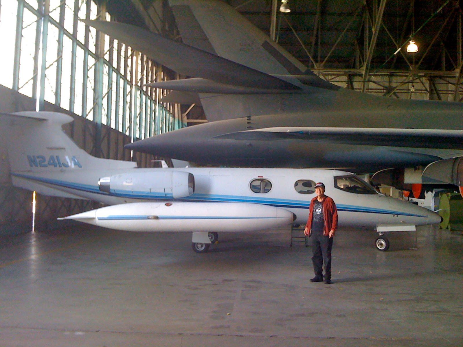 Learjet 25D pic
