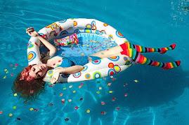 """""""Navegar é preciso;  viver não é preciso"""".  (Fernando Pessoa)"""