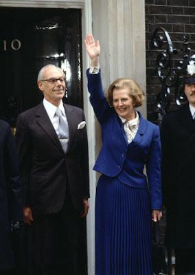 Mano levantada, Margaret Thatcher