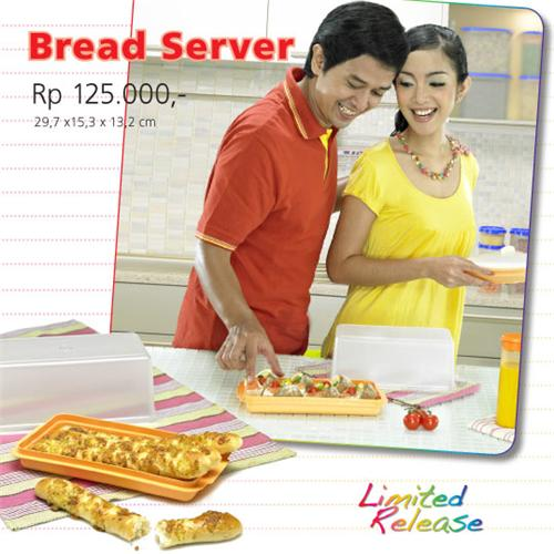 http://1tupperware.blogspot.com/2010/11/tupperware-bread-server.html