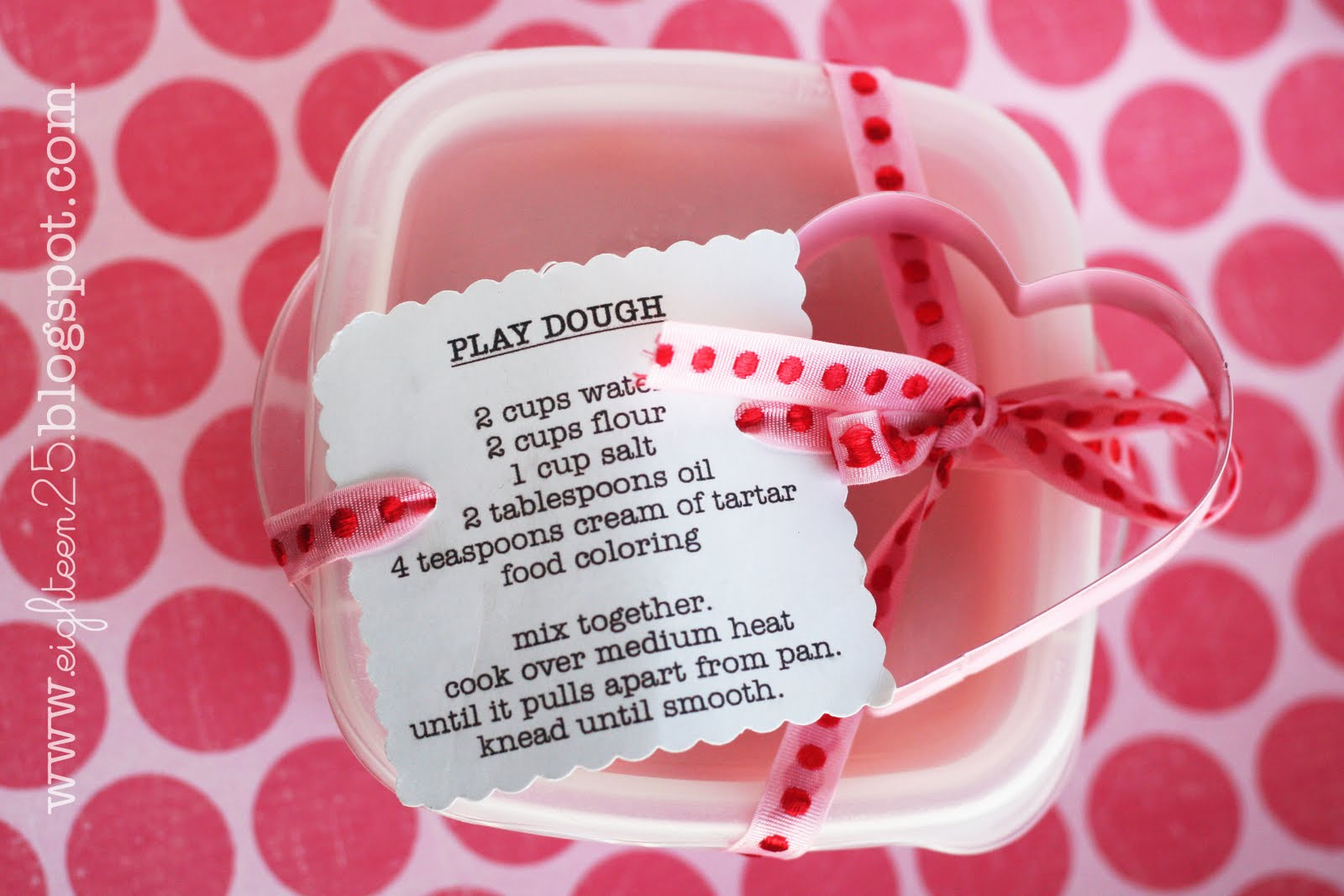Play Dough Party Favors - Eighteen25