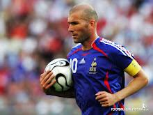Zinedine Zidane ( Franta, 1994-2006 )