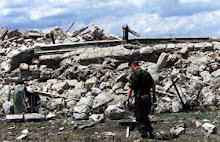 Biserica Ortodoxa de langa Pristina (Kosovo) distrusa de albanezi in 2002