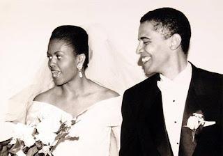 Michelle Robinson y Barack Obama el día de su boda