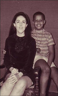 Ann Dunham y su niño Barack Obama