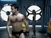 Robbie Williams - Rock DJ Music Video