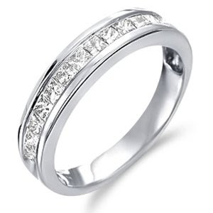 White Gold Diamond Classic Traditional Wedding Anniversary Band