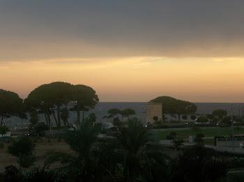 Un atardecer frente al Mediterráneo