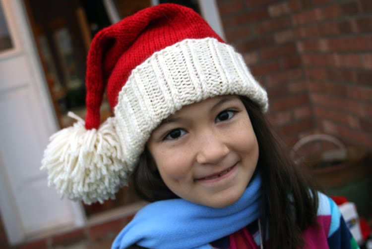 Knitting Pattern Christmas Hat : You know how were an art family...: Santa Hat for kids pattern