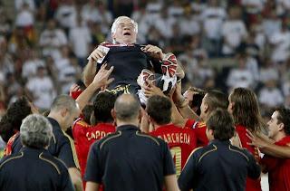 iagenes-españa-vs-alemania-eurocopa-final-2008-Luis-Aragones