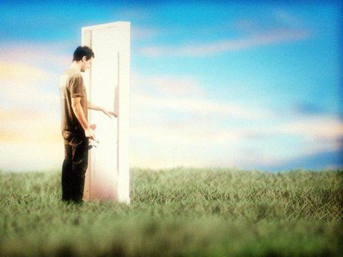 O homem consistente acredita no destino, o homem volúvel no acaso