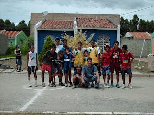 Niños de la Comunidad  de Villa Guacara.Participantes en Futbolito