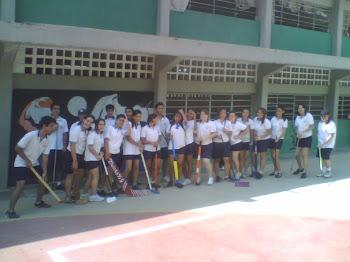 Estudiantes de 5to año sección 06
