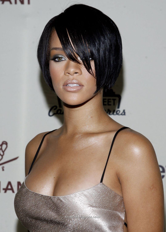 Rihanna Sexy Photo
